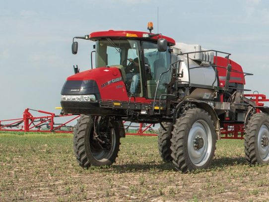 Case IH Patriot® 4430 sprayer